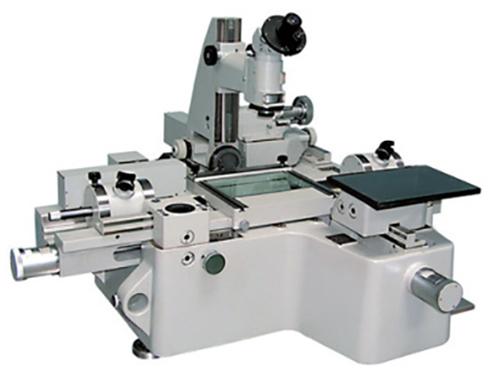Универсальный измерительный микроскоп УИМ-21