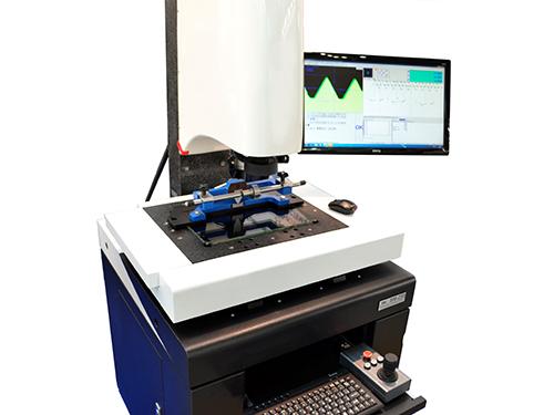 Видео-измерительный микроскоп