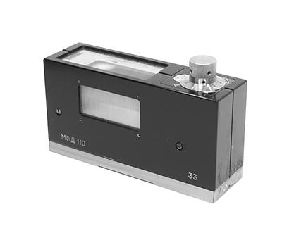 Уровень с микрометрической подачей ампулы, модель 110