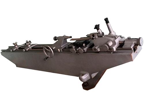 Оптико-механическая машина ИЗМ-11